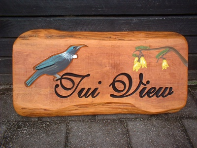carved-wooden-signs-bay-of-plenty9d